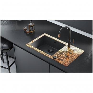Juodas virtuvinis maišytuvas su vario detalėm 2